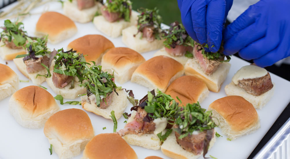 Farm to Table Wedding Seared Tuna Sliders